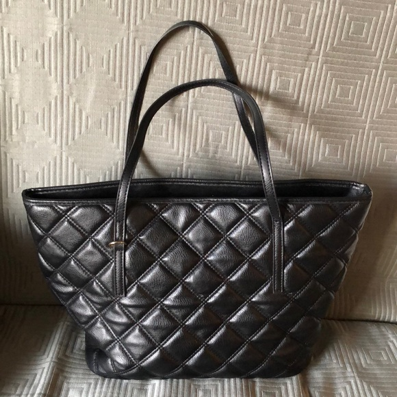 839b5f4cb8 bebe Bags | Authentic Quilted Faux Leather Tote | Poshmark